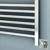 Quadro Towel Warmer, Square Styling