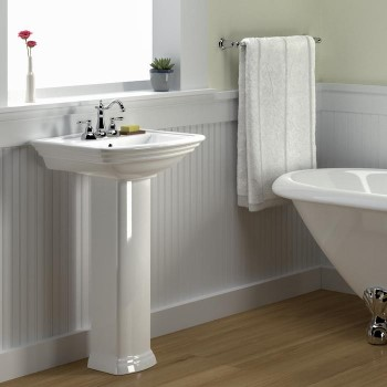 Pedestal Sink with Curving Front, Traditional Detail