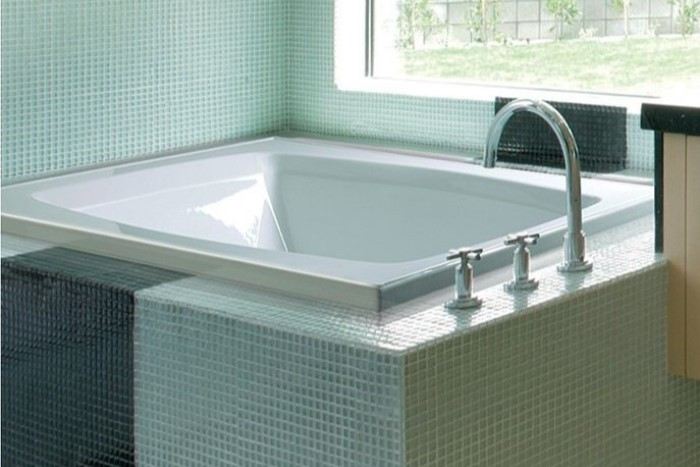 MTI Basics MBRX6048E | Soaking, Heated, Whirlpool & Air Bathtub