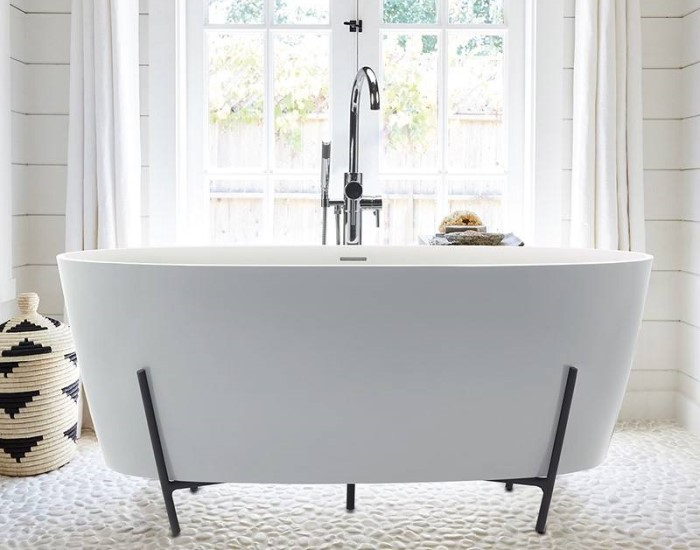 Freestanding Oval Bath with Modern Steel Cradle