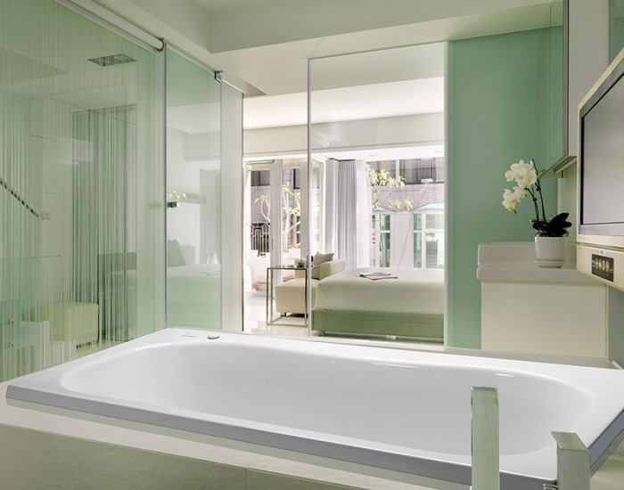 MTI Georgian 3 Bathtub | MTI Whirlpool, Air Tub & Soaking