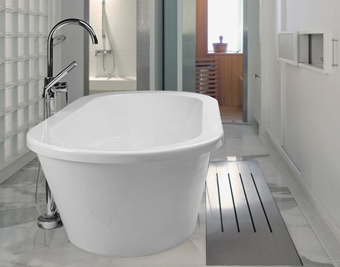 New Yorker 8 Installed With Freestanding Tub Faucet