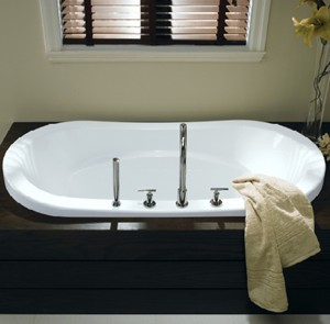 Beau Oval Tub, Center Drain, Armrests, Drop In