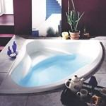 Corner Triangle Soaker Tub with a Seat