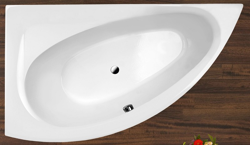 Aquatica Idea Bath | Corner Skirted Soaking Tub