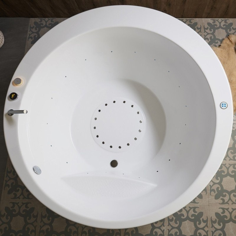 Aquatica Pamela Round Freestanding Bathtub
