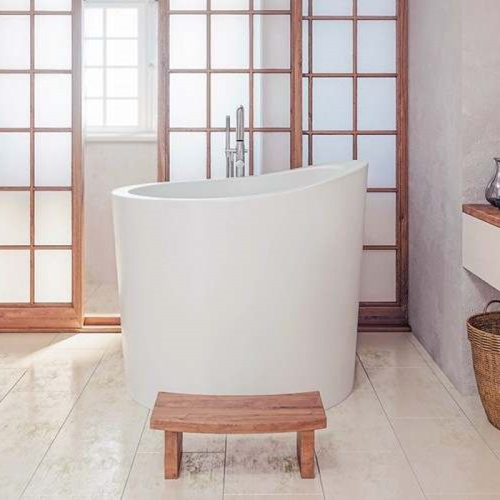 Oval Freestanding Bath, Shown in White with Optional Step