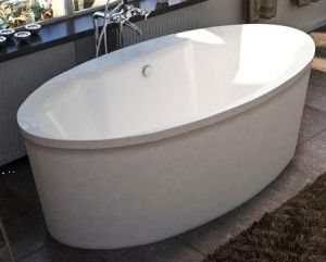 Freestanding, Oval Center Drain Bath