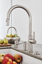 Corsano Contemporary Pull-down Kitchen Faucet with Accessories