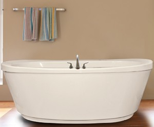 Oval Freestanding Tub with Slopped Rim