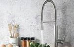 Round Faucet with Pull Down Spray, Faucet Running
