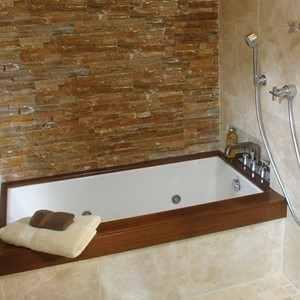 Small Bath 54 x 30