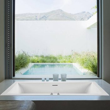 Narrow Rectangle Bath with Low Profile Rim, Slotted Overflow, Center Drain